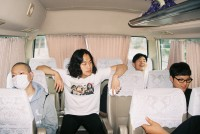 http://hyukoh.com/index/files/gimgs/th-55_000010_v8.jpg