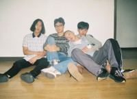 http://hyukoh.com/index/files/gimgs/th-55_000039 2_v2.jpg